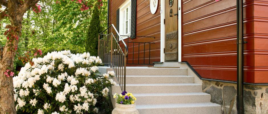 Trött på en sliten betongtrappa som skämmer husets helhetsintryck?